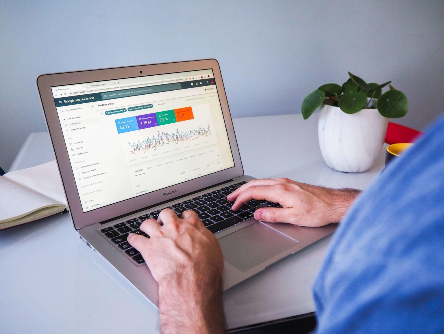 Macbook Air mit Google Search Console